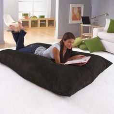 Would love to have this. However, looks like it would become a huge doggy bed at our house!