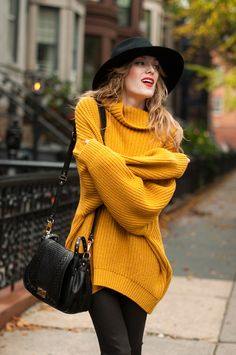 Mustard sweater + black floppy hat / Fall.