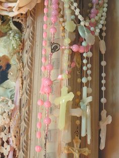 prayer, pastels, rosari, inspiration boards, rosary beads, memories, crosses, picture frames, glow