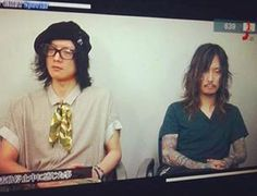 I...have no words...you two look awful for very different reasons. XD  Kaoru and Toshiya