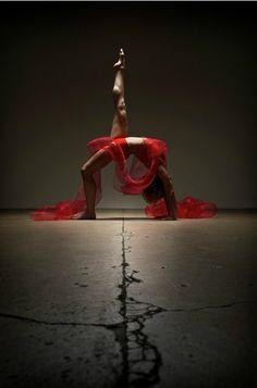 mirrors, dance poses, lets dance, the bridge, strength, photography women, senior pics, beauty, red art