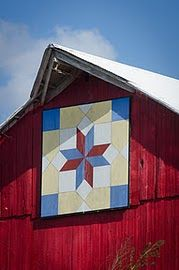 Iowa barn quilt - hearts in 4 corners