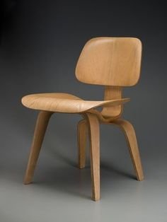DCW (pre-production) chair, Herman Miller Furniture Company (Manufacturer), Ray Kaiser Eames (Designer), Charles Eames (Designer), 1946. © Charles and Ray Eames.