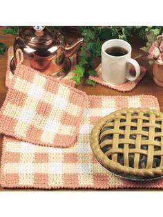 Gingham Table Set. Free Pattern.