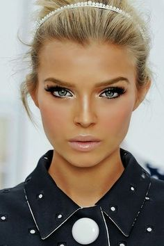 Love this makeup look.