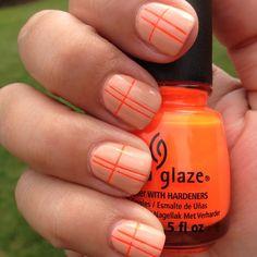 """Una forma más """"discreta"""" de utilizar los tonos Neon en esmaltes de uñas!!!"""