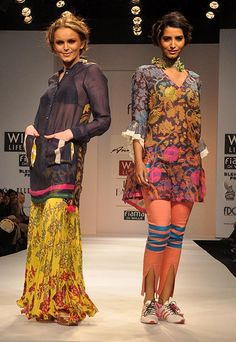 Anupama Dayal for Wills India Fashion Week Autumn/Winter 2012 – a fun collection inspired by Gujarat with interesting details, happy prints and comfortable silhouettes!