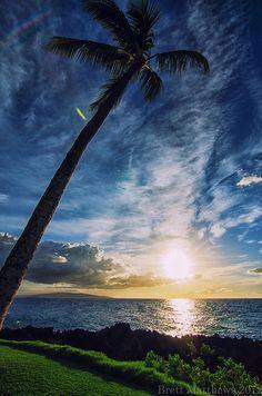 Kihei Sunset  Maui, Hawaii.....kinda looking forward to this @Lauren Davison Davison Davison Farmer
