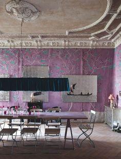 The home of artist couple Lili Navoli and Jesko Willert.  home tour 3