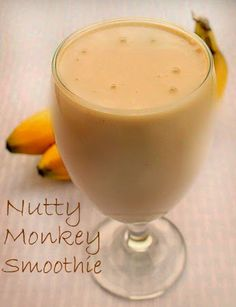 Bunny's Warm Oven: Nutty Monkey Smoothie...a delicious Breakfast smoothie or treat you're whole family will love!