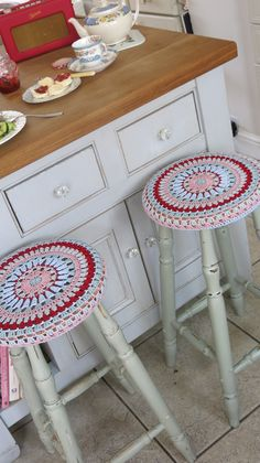 Hey Christine- Aren't these cute!  Cosmos and Cotton: Granny circular stool cover stool cover, circular stool