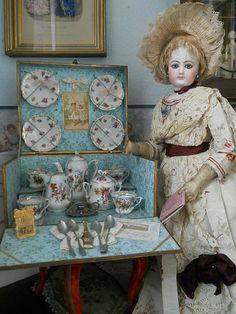 "~~~ Beautiful French Porcelain Service in Original "" Au Bon Marche"" Presentation Box ~~~"