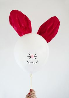 Easter Bunny Balloons!