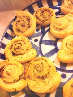 I made these Pesto Parmesan Pinwheels at New Years and they were simple and delicious! I loosely followed this recipe: http://5sensescooking.blogspot.com/2011/11/recipes-pesto-and-parmesan-pinwheels.html?m=1