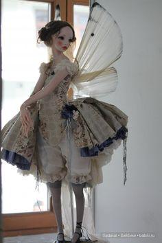 art doll by Alisa Filippova - love this little over skirt and pantaloons.