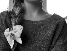 side braid with bow