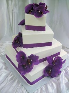 Mrs. Maddox Cakes : Farmington, Michigan Bakery : Wedding and Special Occasion Cakes