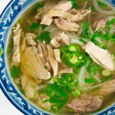 Pho Ga (Vietnamese Chicken Noodle Soup) by norecipes #Oup #Vietnamese #Chicken_Noodle