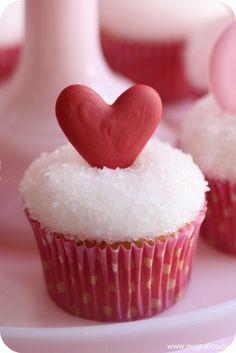 Valentine's Day Cupcake Decorating, Mygrafico Party Ideas   #Valentines #ideas #food  www.loveitsomuch.com