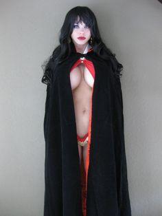Vampirella Cosplay….. another perspective….