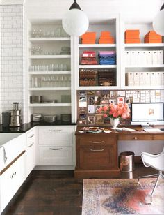 amazing desk nook in kitchen