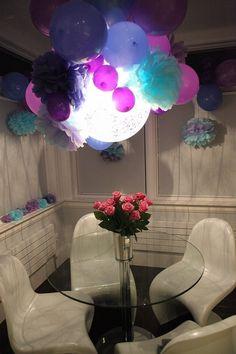 Beautiful Lighted Balloon Decoration