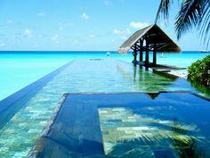 Maldives infinity pool #Maldives #Pool