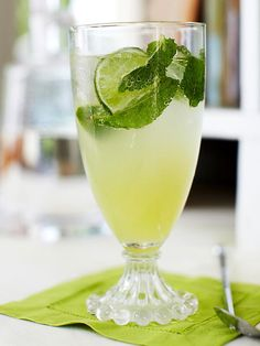We can't think of a cooler drink to have on a hot day than a delicious mojito! Get more colorful drink recipes here: http://www.bhg.com/recipes/drinks/wine-cocktails/rainbow-drinks/?socsrc=bhgpin070714greenmojito&page=8
