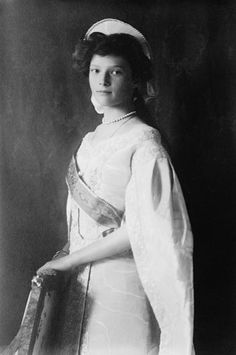 Grand Duchess Tatiana Nikolaevna of Russia in 1910 (1897-1918) Age at death 21 years, 1 month and 8 days