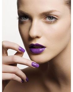 Purple lips, nude eyes = love