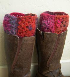 Multicolor puños de arranque - legwarmers colores - la manera del invierno del Hemisferio Sur 2013 - primeros de arranque - arranque puños rojos - cuadrado de la abuelita