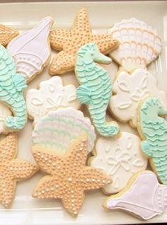 Beach themed cookies for 2014 beach wedding, DIY beach wedding cookies www.dreamyweddingideas.com