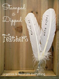 DIY stamped and paint dipped feathers from Organize and Decorate Everything. #diy #doityourself #ideas