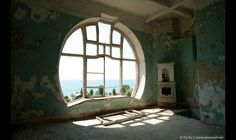 Prince-of-Oldenburg-Castle-The-Seagull-abandoned-and-rotting-ruins