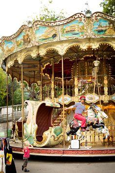 ✕ Ahh, let's go! / #paris