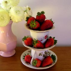 I want to make this and have my own cute etagiere with strawberries on the table! :-)