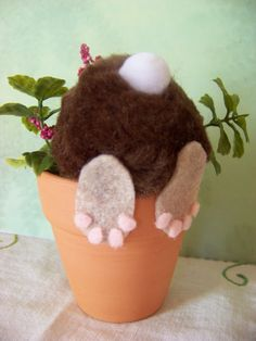 whimsic easter, bunni butt, easter decoration, easter crafts, curious bunni, flower pots, bunni pot, craft ideas, easter bunny