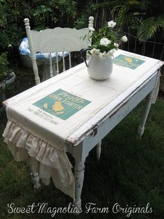 Feed Sack Table Runner  Pratts Chick Starter от SweetMagnoliasFarm