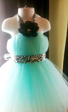 Tutu dress - oh. my. cute. goodness.
