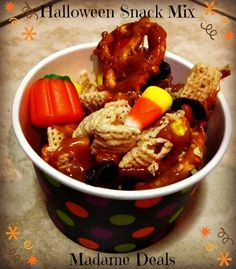Halloween Treat Mix Recipe #halloween #recipes