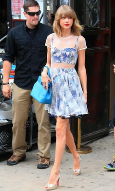 Taylor Swift is our blue crush in this set