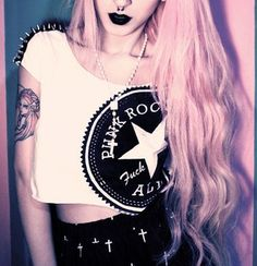 Pastel Goth Style: How to be a Pastel Goth | Altspiration.