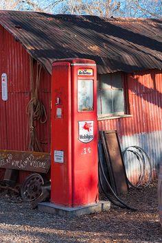 Mobilgas pump - retired