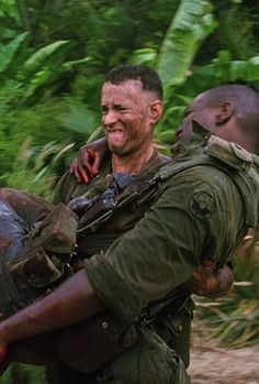 Tom Hanks & Mykelti Williamson in Forrest Gump