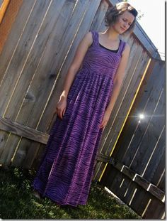 Made it on Monday: Tutorial: Simple Maxi Dress
