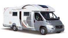 Camper Pegaso (type 3) van Roller Team: alkoof camper met zilverkleurige cabine. Kijk voor meer informatie over campers van Roller Team op http://rollerteam.nl/pegaso.html