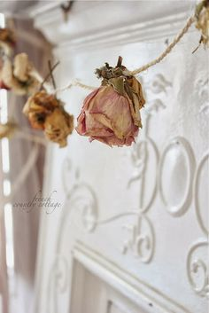 dried flower garland