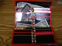 Duct Tape for Your DIY Wallets | 101 Duct Tape Crafts duct tape crafts, diy crafts duct tape, duct tape wallet diy