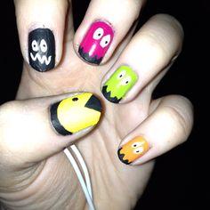 Pacman nail art :)
