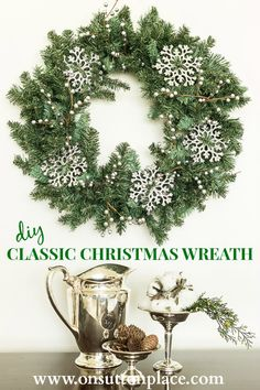 12 bucks and 10 minutes is all you need to make this DIY Classic Christmas Wreath. Easy and really fun! christmas wreaths, christma wreath, christma cheer, 12 buck, wreath tutori, 10 minut, diy classic, classic christma, diy christmas